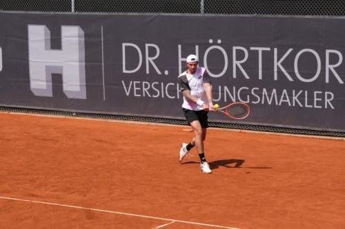 Novak Dennis 6